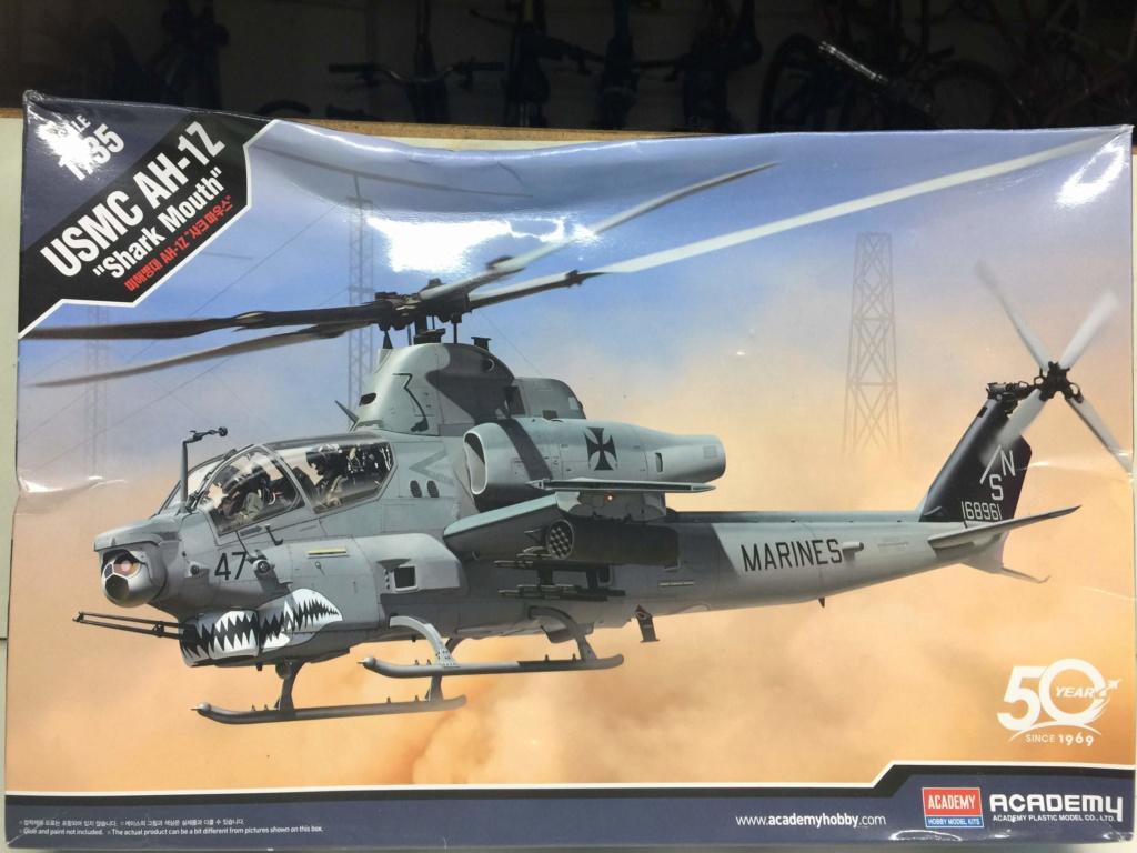 USMC  AH-1Z  Academy 1/35 Img_9546