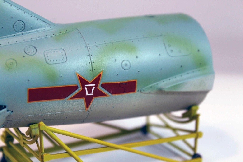 Mig 15 Trumpeter 1/32 - Page 3 Img_9727