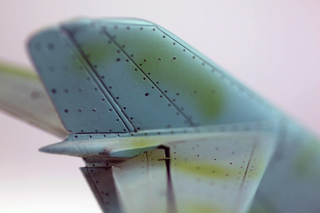 Mig 15 Trumpeter 1/32 - Page 3 Img_9728