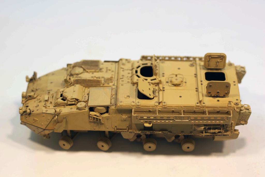 Dio Stryker M1132 Mine roller, M1132 Surface Mine trumpeter et M1126 AFV  1/35 - Page 11 Img_9821