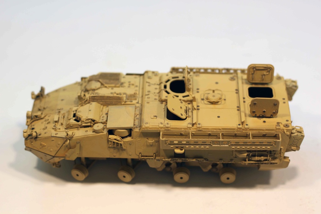 "Stryker M1131 "" Desert Storm "" Trumpeter 1/35 Img_9825"