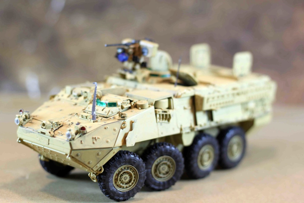 "Stryker M1131 "" Desert Storm "" Trumpeter 1/35 Img_9827"