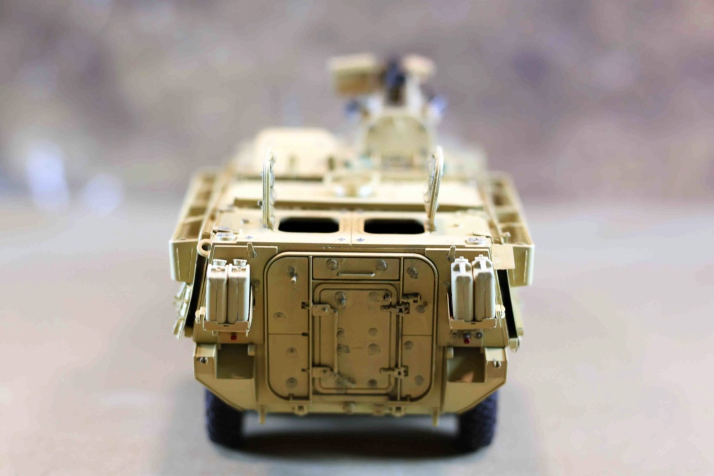 "Stryker M1131 "" Desert Storm "" Trumpeter 1/35 Img_9830"