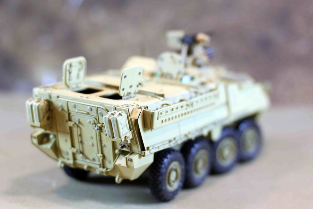 "Stryker M1131 "" Desert Storm "" Trumpeter 1/35 Img_9831"
