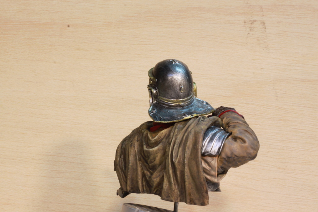 Legionnaire Romain Young Miniatures 1/10 Img_9853