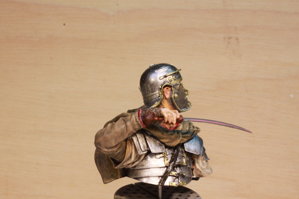 Legionnaire Romain Young Miniatures 1/10 Img_9854