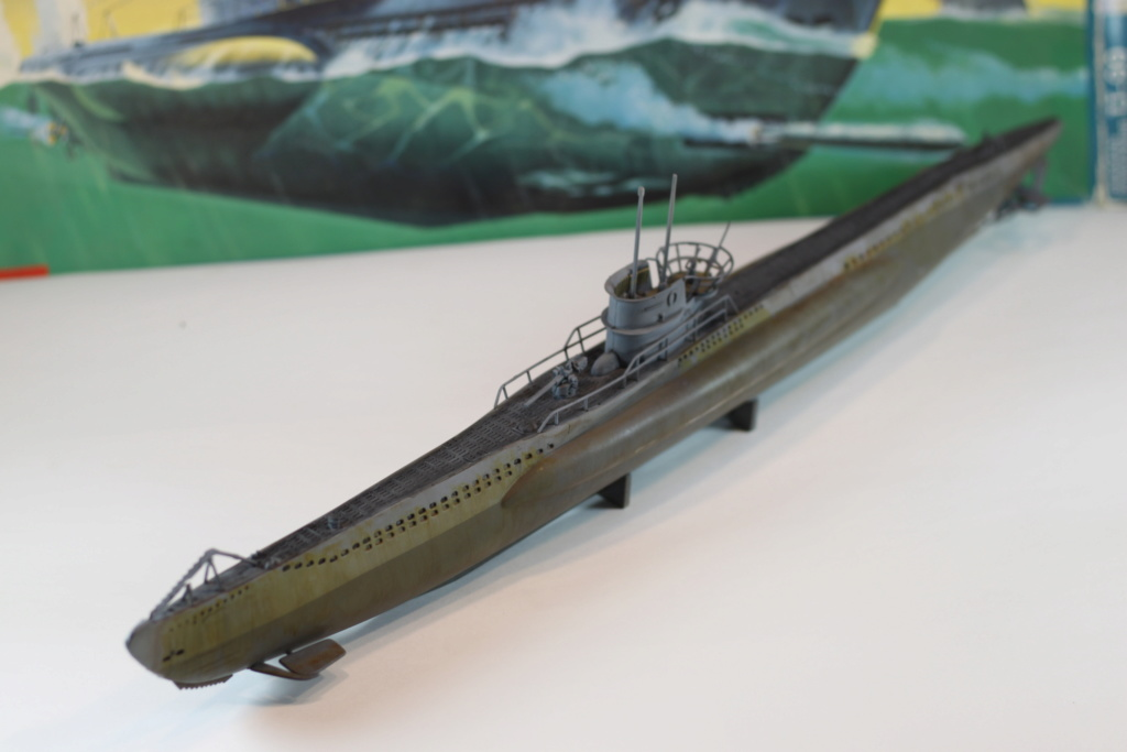 German Submarine Type VIIB U-99 Revell 1/125 Img_9925