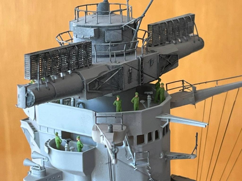 Pont central du cuirassé Japonnais Yamato 1/200  Termine - Page 3 Photo105