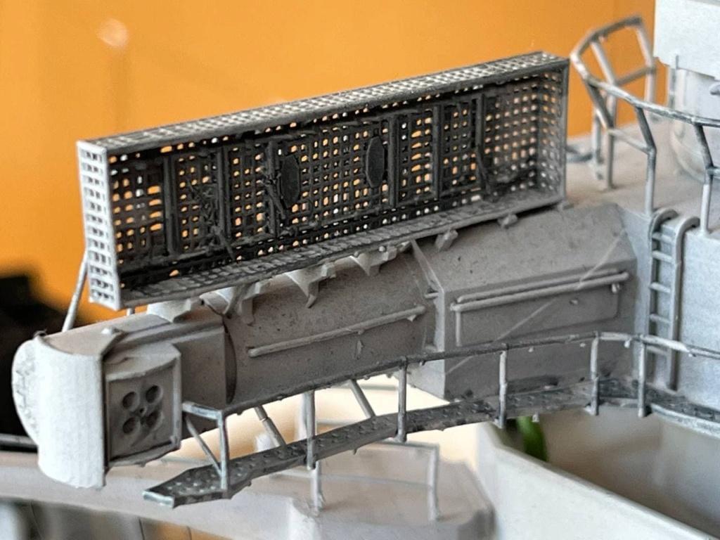 Pont central du cuirassé Japonnais Yamato 1/200  Termine - Page 3 Photo108