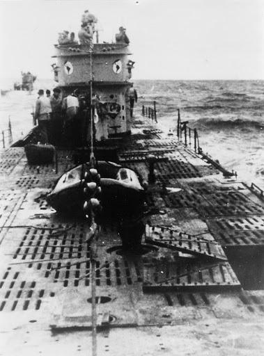 Sous-marin U-Boat VIID résine 3D au 1/100 - Page 6 Unname10