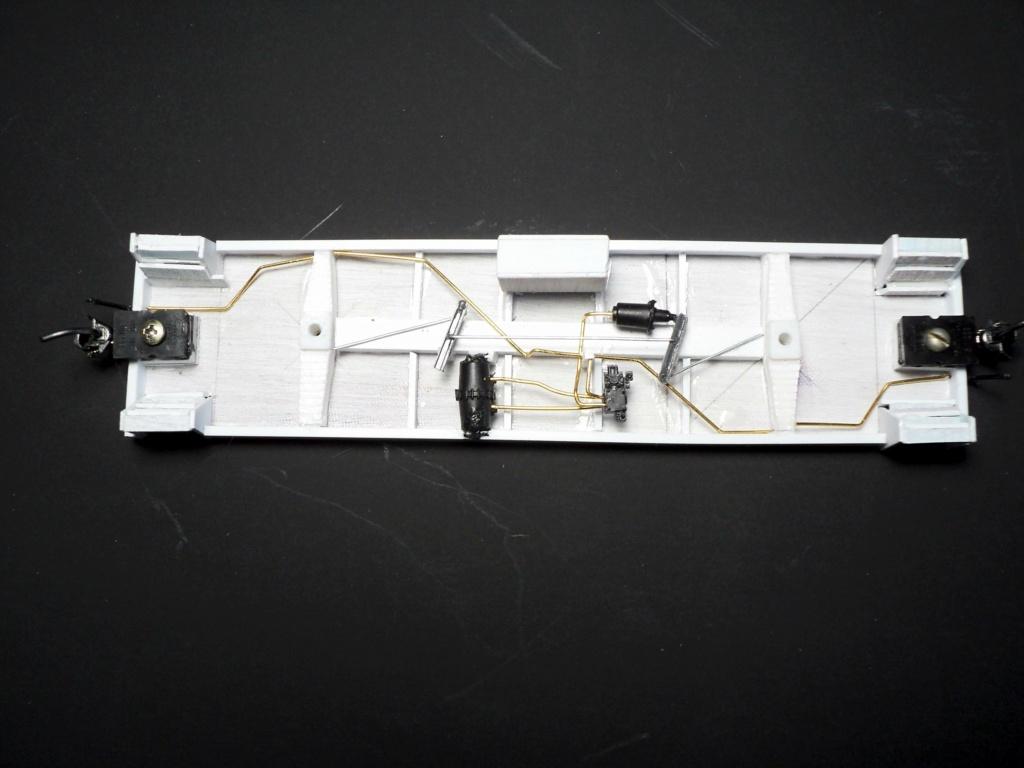 CN 76555 (Tranfer caboose) 1/87 05-cn_10