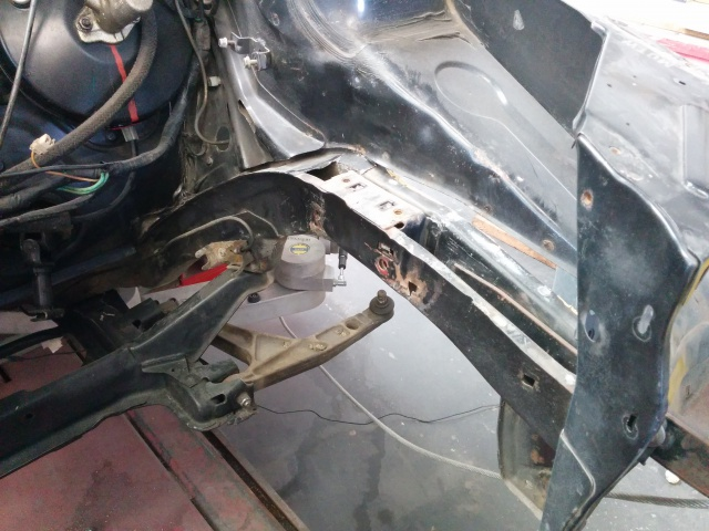[35] 205 GTI 1L6 - 115cv - AM87 - Gris Graphite 09052010
