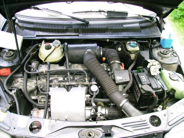 [35] 205 GTI 1L6 - 115cv - AM87 - Gris Graphite 510