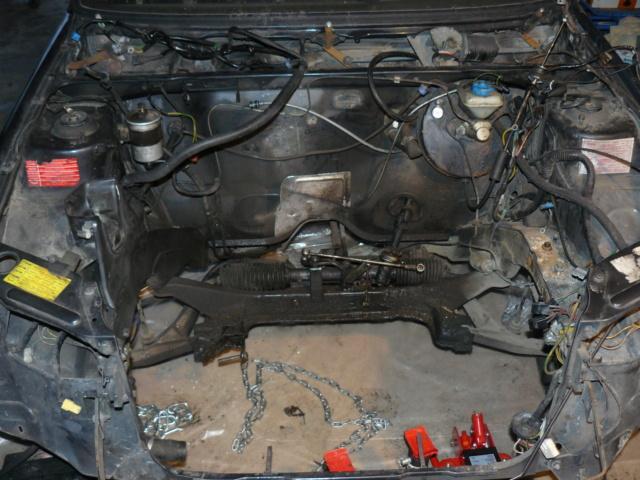 [35] 205 GTI 1L6 - 115cv - AM87 - Gris Graphite P1000513