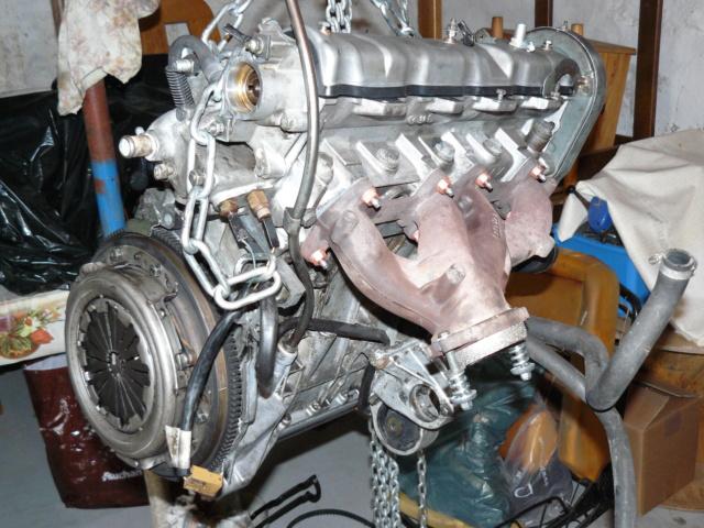 [35] 205 GTI 1L6 - 115cv - AM87 - Gris Graphite P1020215