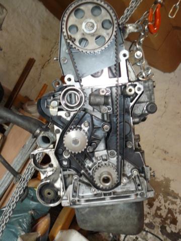 [35] 205 GTI 1L6 - 115cv - AM87 - Gris Graphite P1020216