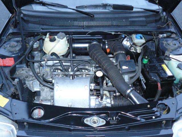 [35] 205 GTI 1L6 - 115cv - AM87 - Gris Graphite P1020910