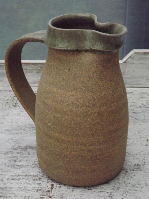 Stoneware jug with glazed rim - Nic Harrison  Dscf5711