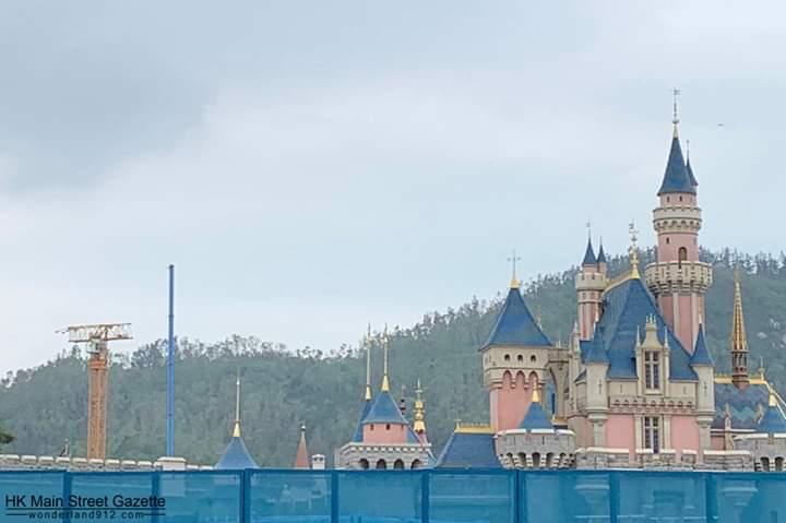 [Hong Kong Disneyland] Nouveau Land La Reine des Neiges (2021) - Page 3 Fb_img11