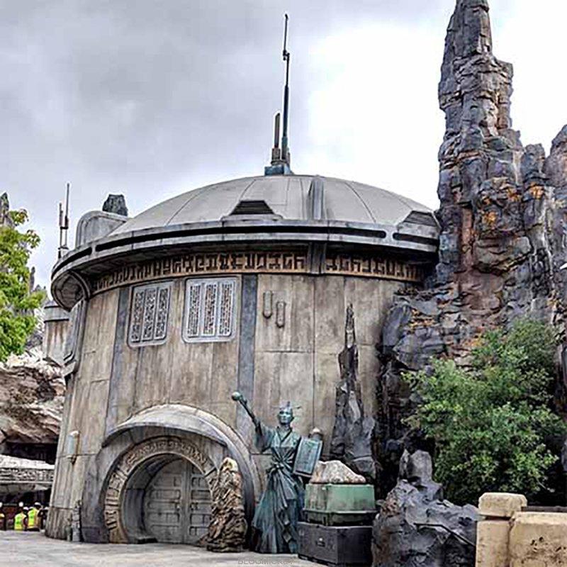 [Disneyland Park] Star Wars: Galaxy's Edge (31 mai 2019) - Page 37 Img_2035