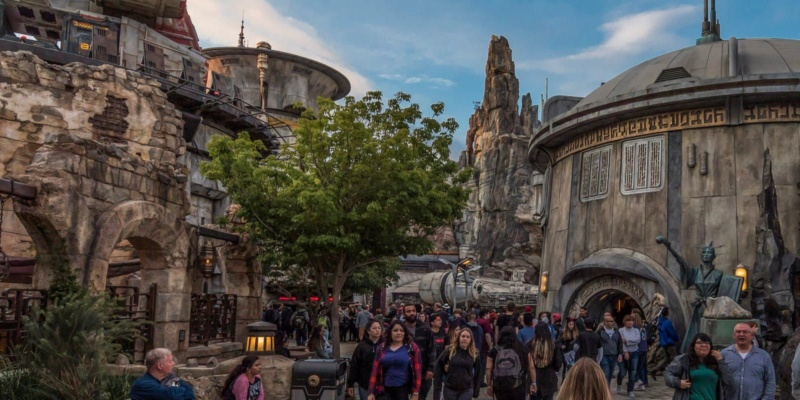 [Disneyland Park] Star Wars: Galaxy's Edge (31 mai 2019) - Page 37 Img_2038
