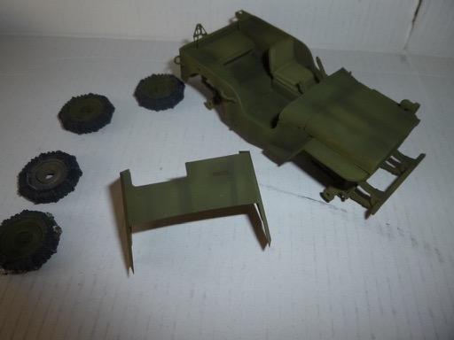 Jeep Willys blindée Europe 1945 - Jeep Italeri set de photodécoupe ABER roues en résine -1/35 P1050127