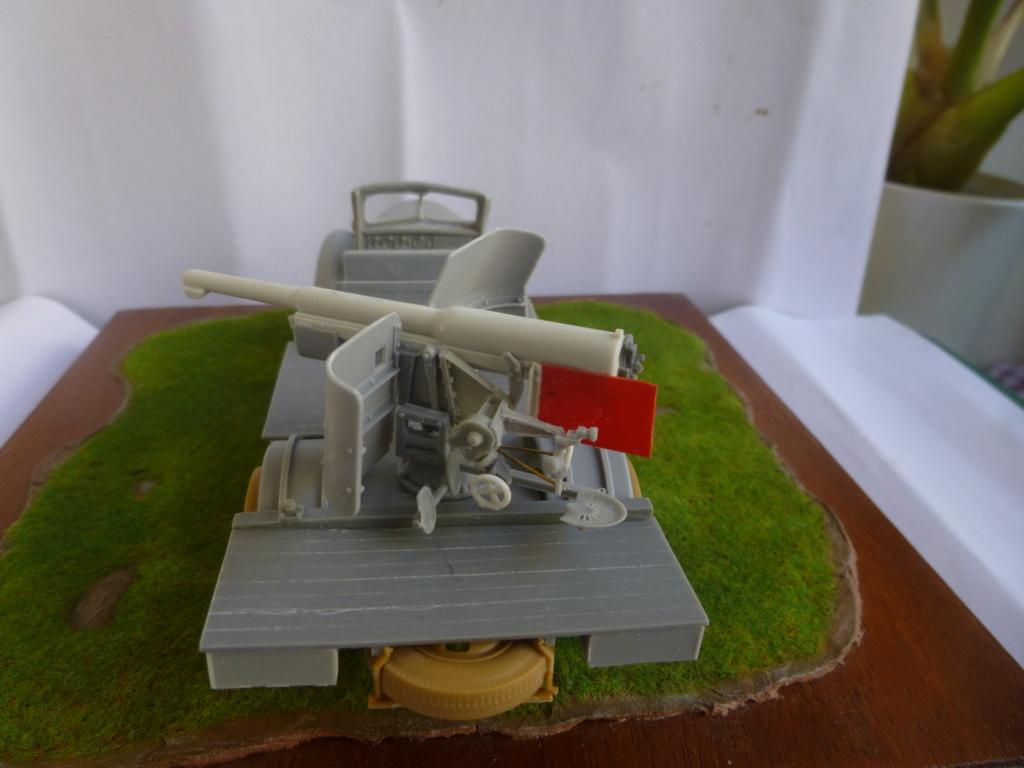 Camion Dodge et canon de 75mm FFL /1942- Best Value Models - 1/35 - résine-plastique sur base de maquette ICM P1050645