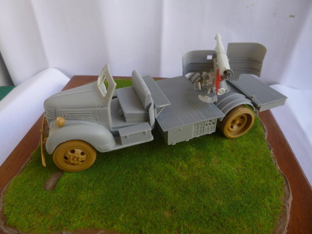 Camion Dodge et canon de 75mm FFL /1942- Best Value Models - 1/35 - résine-plastique sur base de maquette ICM P1050646