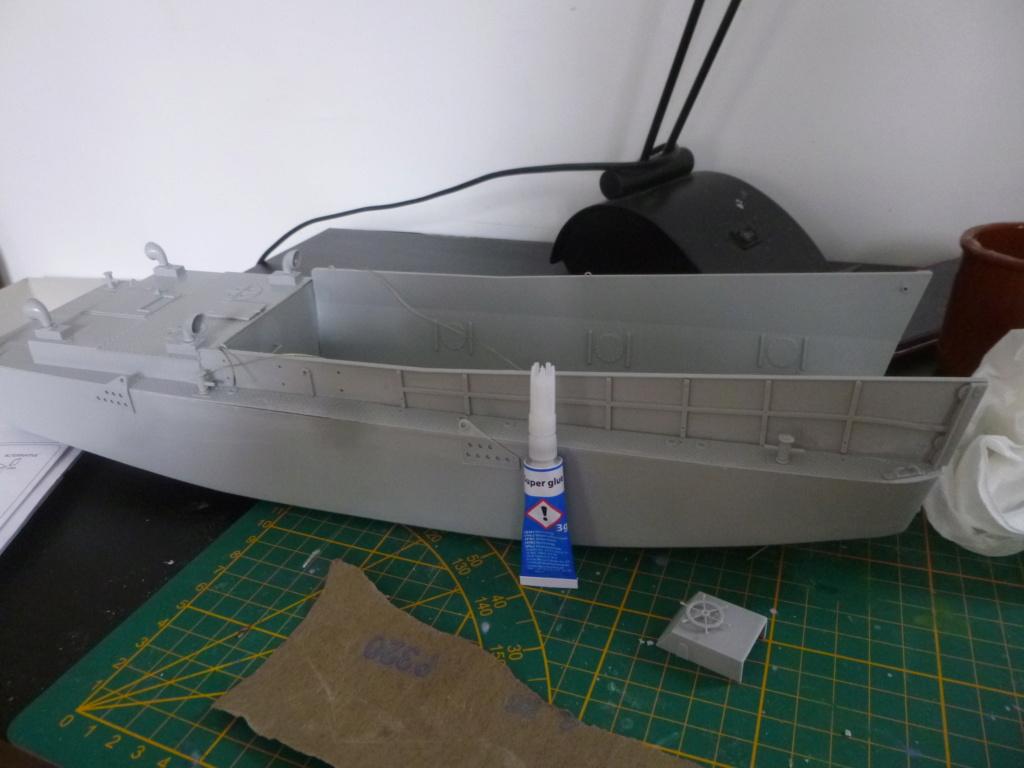 LCM/Dinassaut - Italeri/U-Models-1/35 P1060321