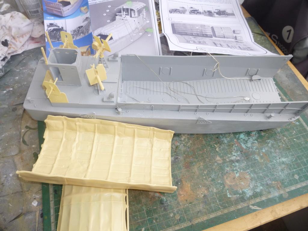 LCM/Dinassaut - Italeri/U-Models-1/35 P1060328