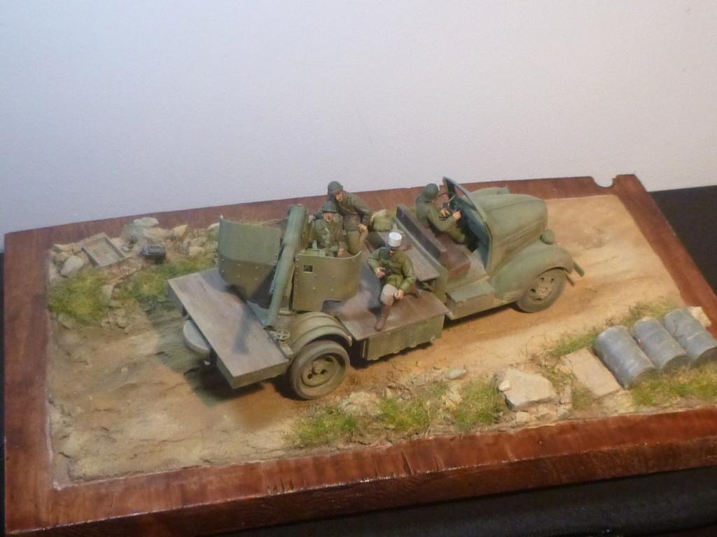 FFL GSA  camion Dodge -Tunisie 1942 - 1/35 Azimut Production P1070115