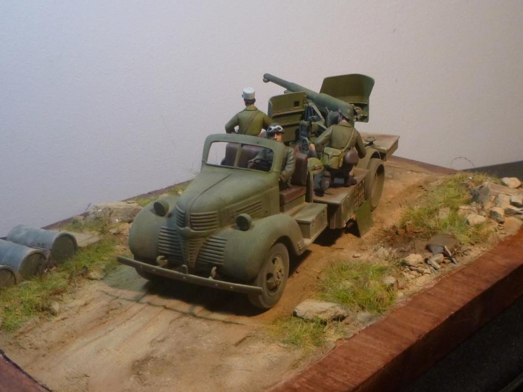 FFL GSA  camion Dodge -Tunisie 1942 - 1/35 Azimut Production P1070117