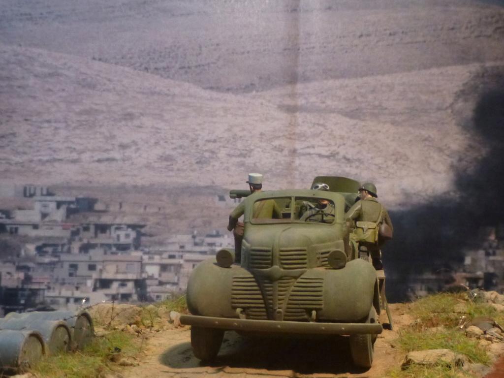 FFL GSA  camion Dodge -Tunisie 1942 - 1/35 Azimut Production P1070132