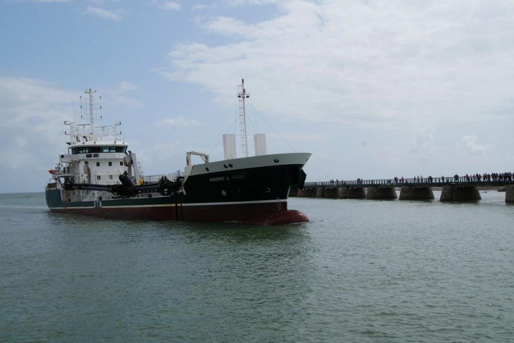 [Vie des ports] Port des SABLES D'OLONNE Dsc01455