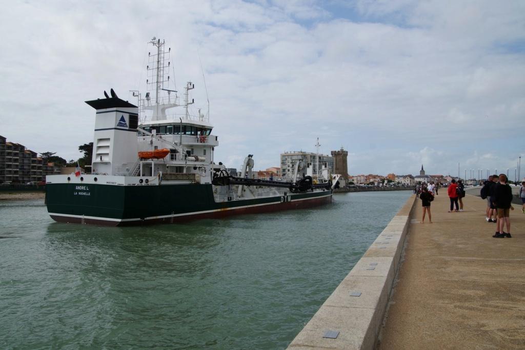 [Vie des ports] Port des SABLES D'OLONNE Dsc01457
