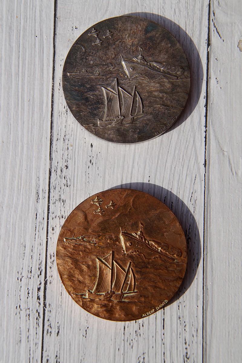 [ Logos - Tapes - Insignes ] Médaille de la FAMMAC Dsc04040