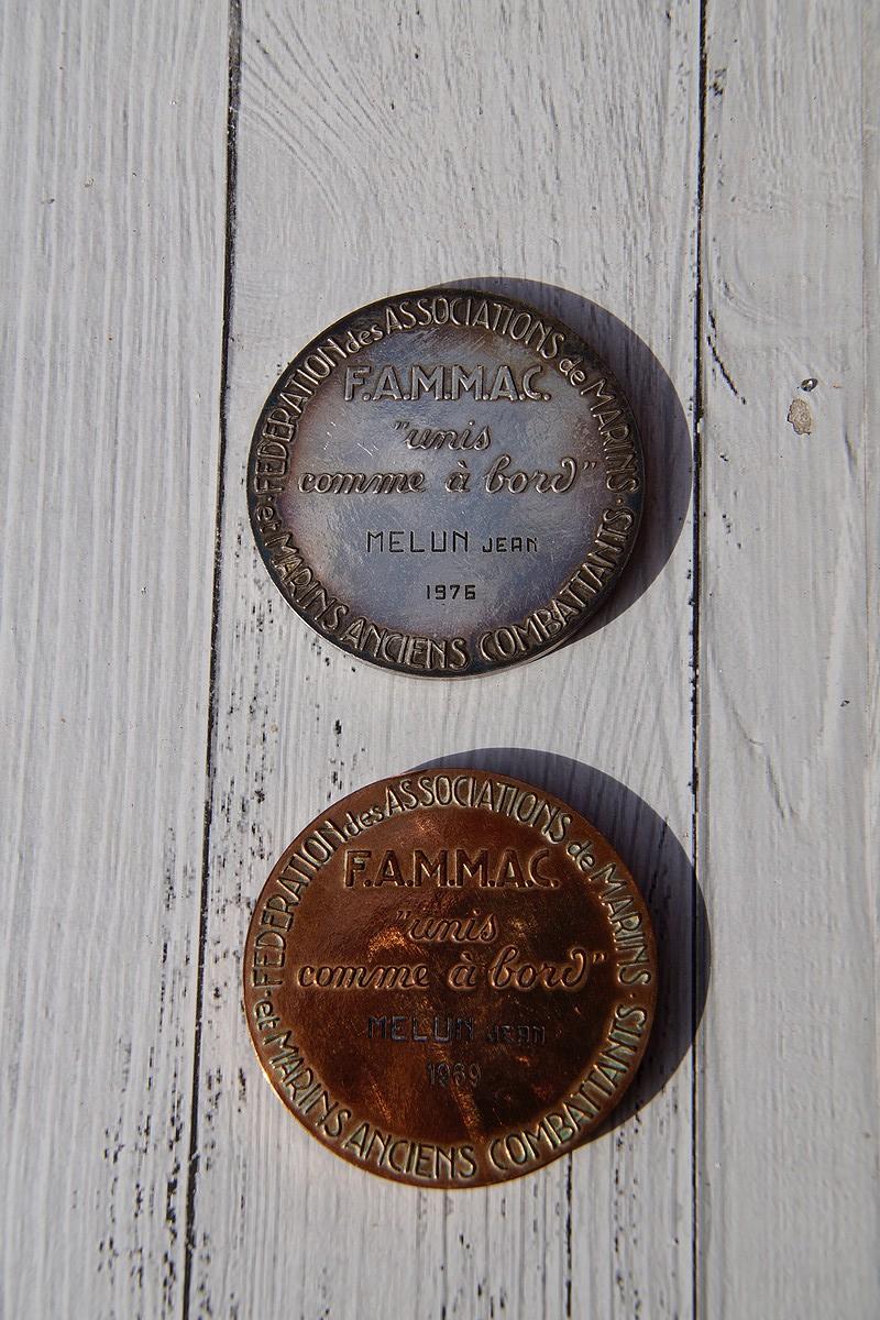 [ Logos - Tapes - Insignes ] Médaille de la FAMMAC Dsc04041