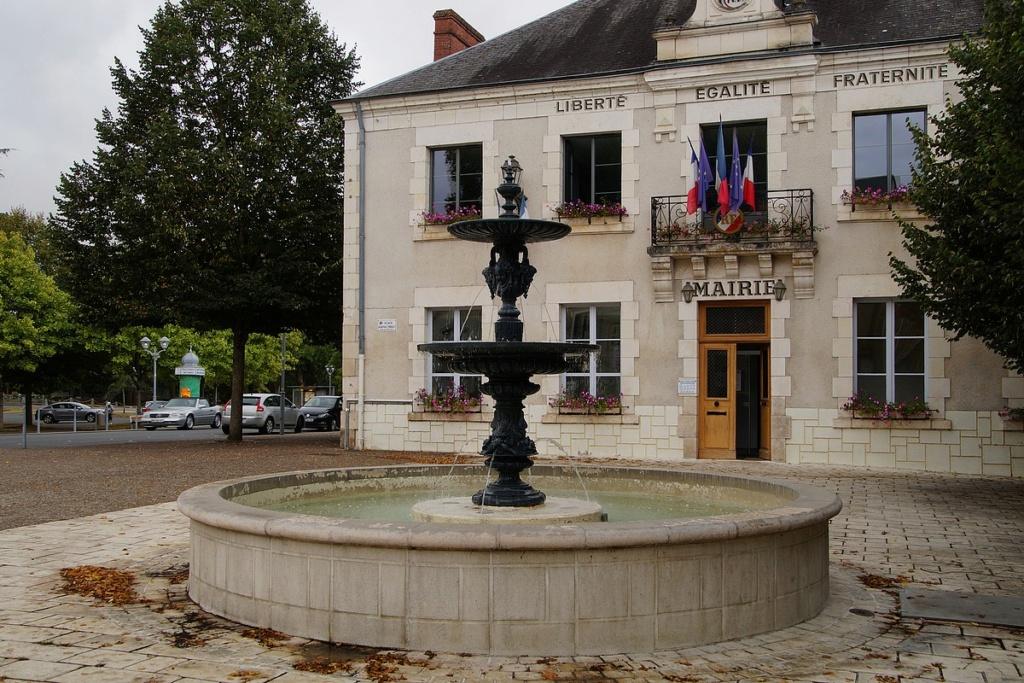Fil ouvert- Fontaines - Page 9 Dsc04048