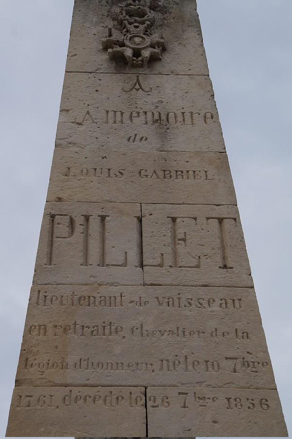 [ Histoires et histoire ] Monuments aux morts originaux Français Tome 2 - Page 23 Dsc05911