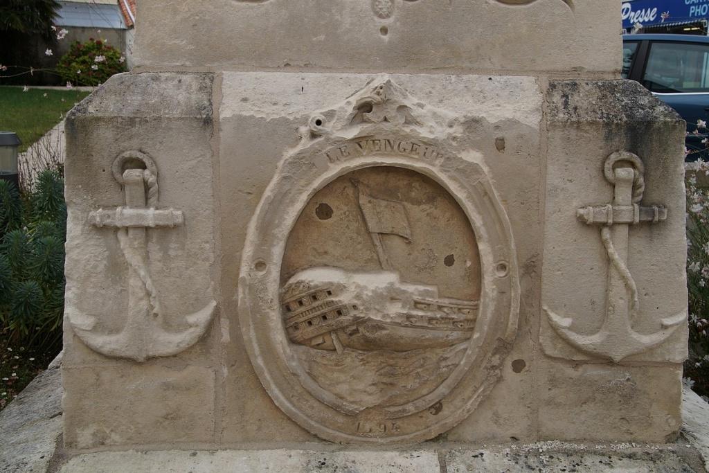 [ Histoires et histoire ] Monuments aux morts originaux Français Tome 2 - Page 23 Dsc05914