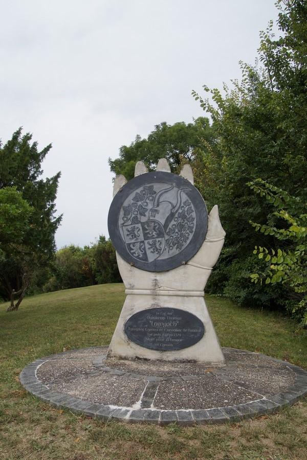 [ Histoires et histoire ] Monuments aux morts originaux Français Tome 2 - Page 8 Dsc09214