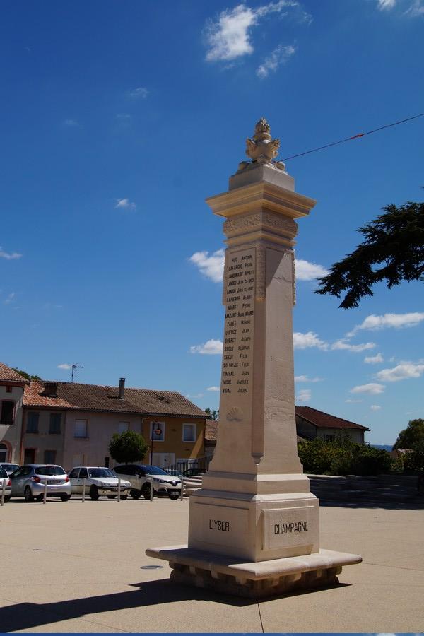 [ Histoires et histoire ] Monuments aux morts originaux Français Tome 2 - Page 9 Dsc09736