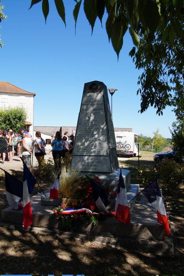 [ Histoires et histoire ] Monuments aux morts originaux Français Tome 2 - Page 9 Dsc09740