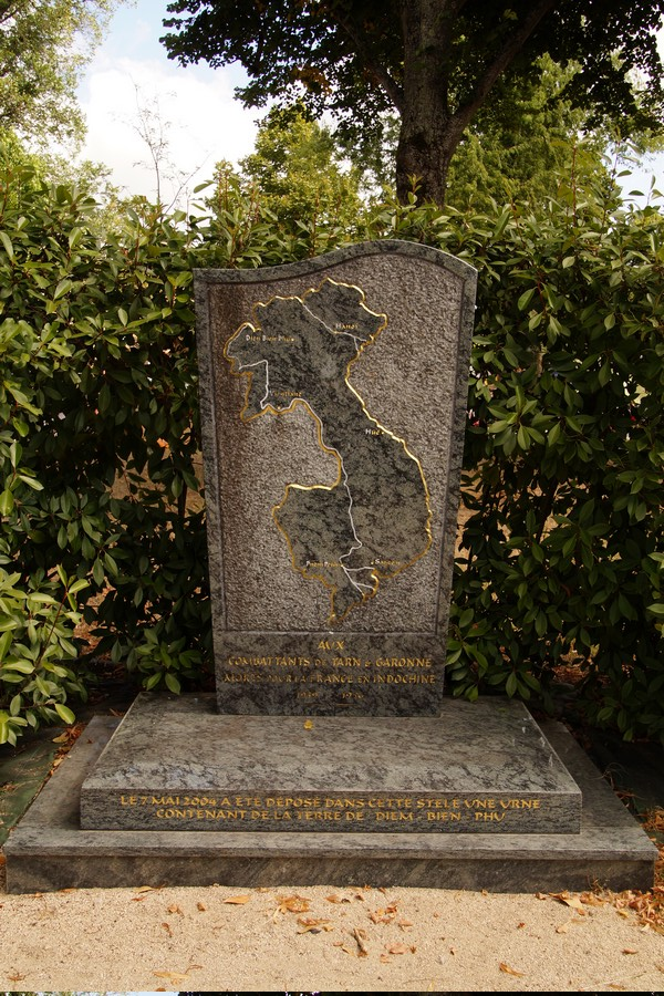 [ Histoires et histoire ] Monuments aux morts originaux Français Tome 2 - Page 9 Dsc09837