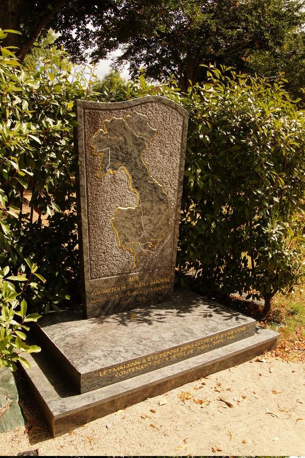 [ Histoires et histoire ] Monuments aux morts originaux Français Tome 2 - Page 9 Dsc09838