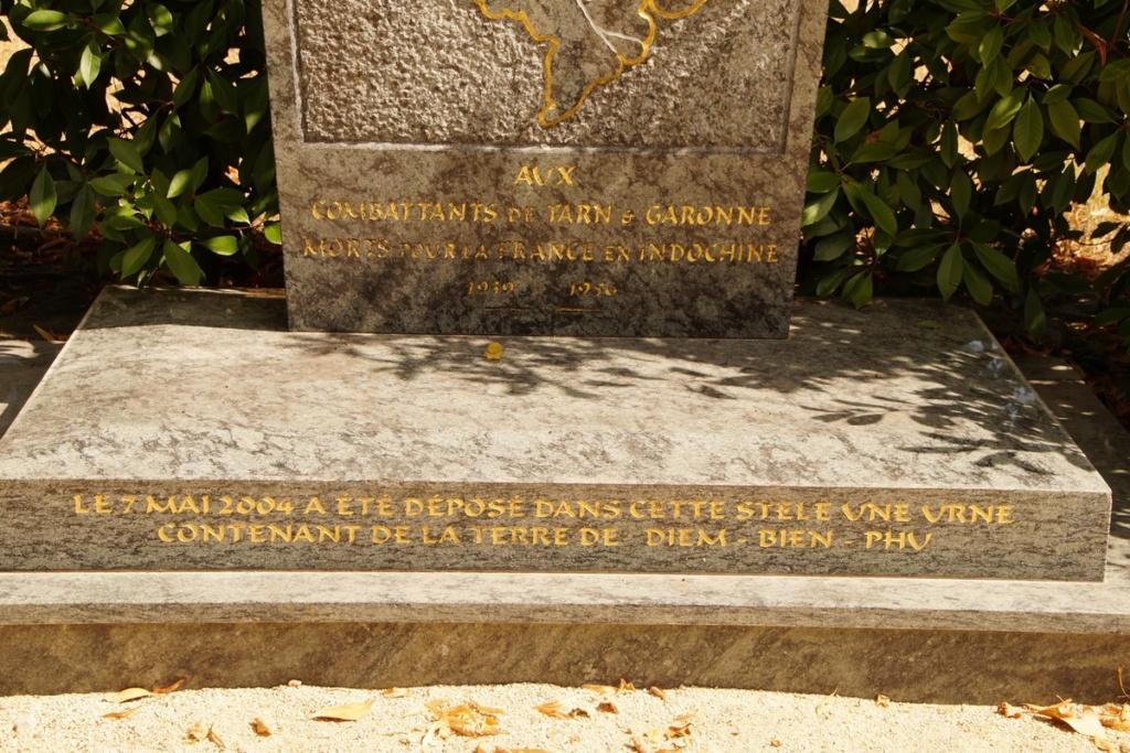 [ Histoires et histoire ] Monuments aux morts originaux Français Tome 2 - Page 9 Dsc09839