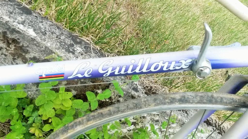 vélo de course FRANCOIS LE GUILLOUX 1987-90  04213
