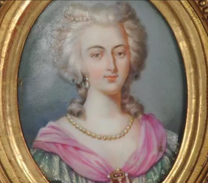 A vendre: Louis XVI et Marie Antoinette - Page 6 Zzz219