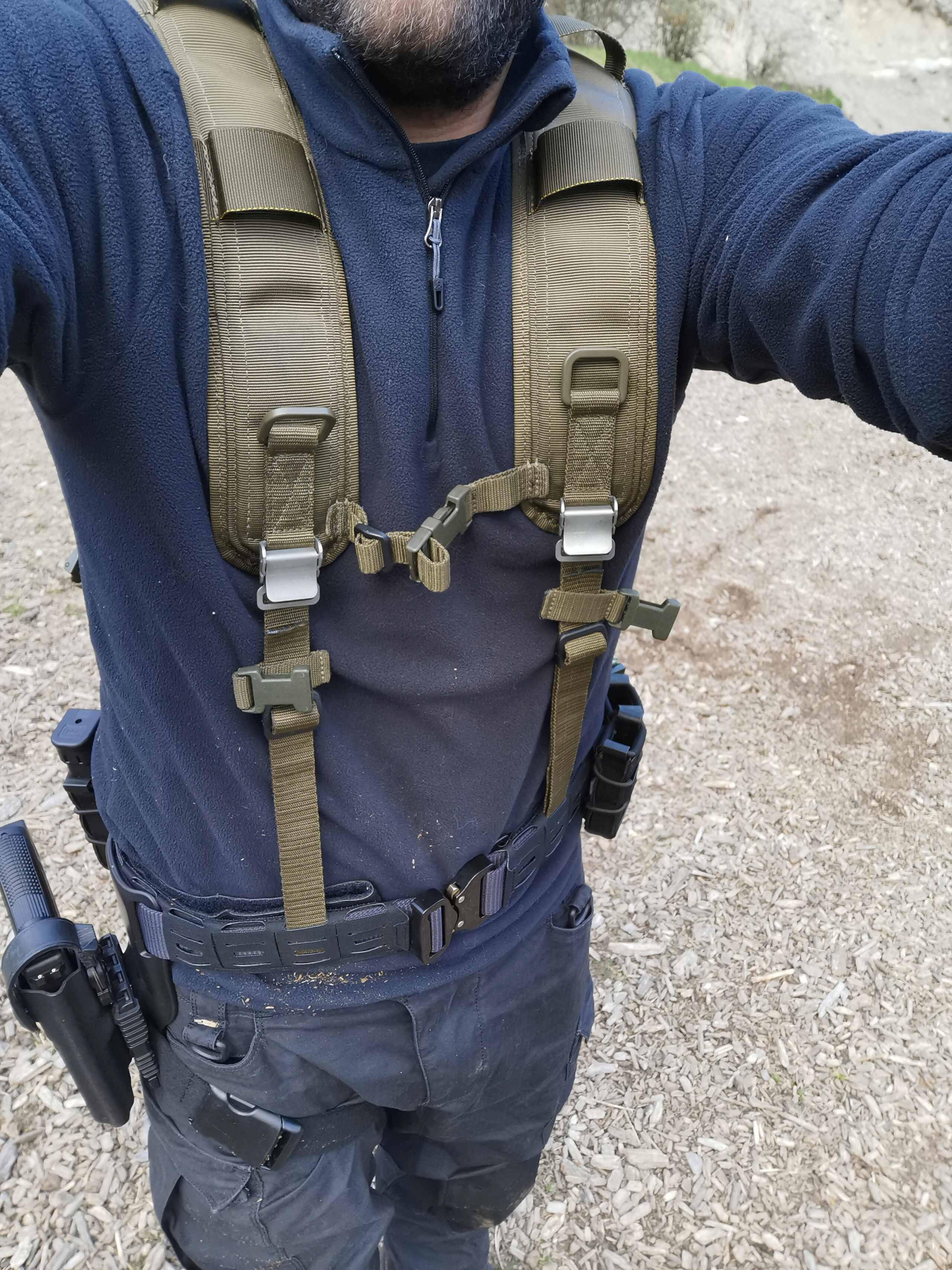 Recyclage du harnais de l'armée sur ma ceinture de charge Img_2063