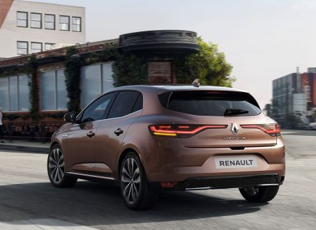 2019 - [Renault] Megane IV restylée  - Page 22 W453-410